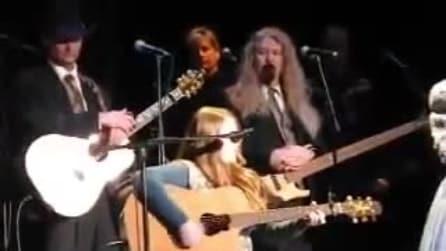 Ha solo 11 anni ed è nipote d'arte: quando la ascolterete cantare vi verrà la pelle d'oca
