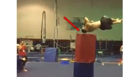 Prova a fare un salto quasi impossibile ed ecco cosa succede