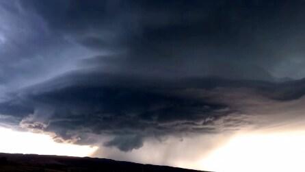 Formazione e sviluppo di un temporale: le impressionanti immagini