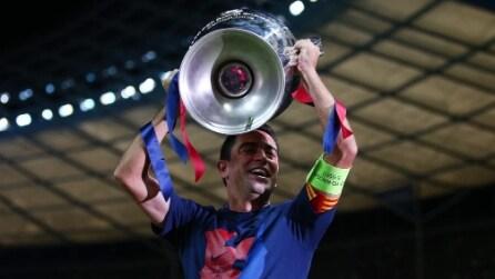 Il Barcellona vince la Champions League contro la Juventus: Xavi alza la coppa