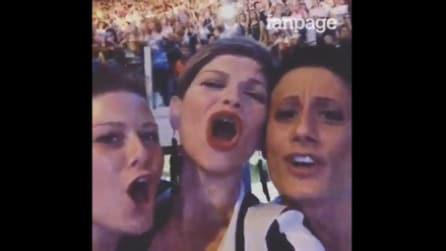 """Alessandra Amoroso al concerto di Tiziano Ferro canta """"Ed ero contentissimo"""""""