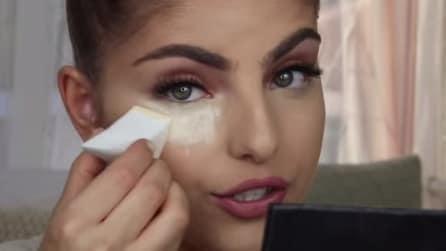 Ecco come coprire le occhiaie e dare luminosità al tuo viso
