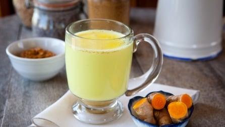 Ecco come fare il golden milk: il latte d'oro della salute