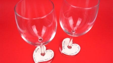 Come realizzare un segnaposto per una cena romantica