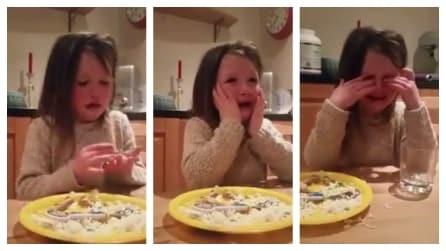 """La bambina decide di diventare vegetariana: """"Non voglio più mangiare animali, sono così belli"""""""