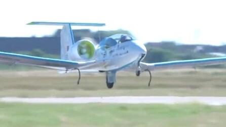 Giornata storica per l'aviazione internazionale: il primo aereo elettrico sorvola La Manica