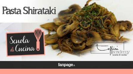 Spaghetti super dietetici, la ricetta degli Shirataki con funghi