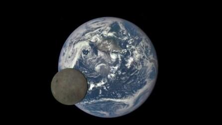 La Luna come non l'abbiamo mai vista: la sonda riprende il suo lato nascosto