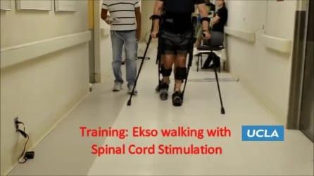 Un uomo paralizzato torna a muoversi grazie alla stimolazione spinale