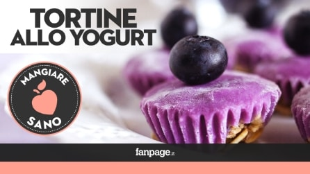 La ricetta delle Tortine allo Yogurt, dessert fresco e facilissimo da realizzare