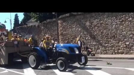 59° festa dell' uva a Trescore Balneario del 2015 sfilata carri 3 video