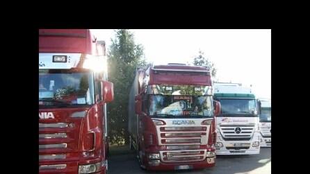 8° trucks Raduno di spirano del 8 9 2015 1° video