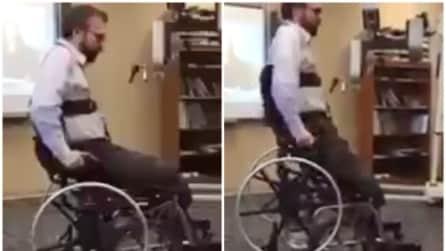 Non è una normale sedia a rotelle: si trasforma in modo geniale