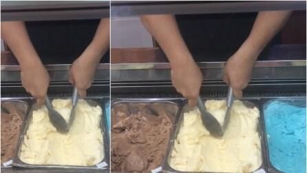 Il gelataio giocoliere: guardate cosa è capace di fare con gelato e palette
