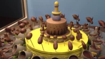 Non è una torta come tutte le altre: appena inizia a girare ecco cosa accade
