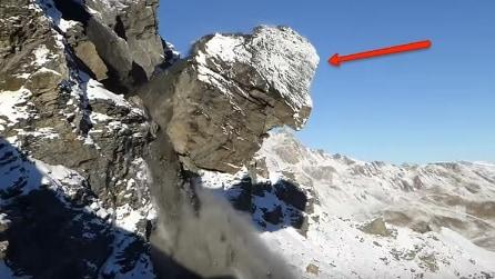 Enorme frammento di roccia si stacca d'improvviso dalle Alpi: ecco dove va a finire