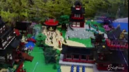 San Pietroburgo, la città riprodotta con le costruzioni Lego