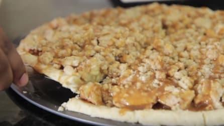 Pizza con caramello e mele: ecco l'originale ricetta