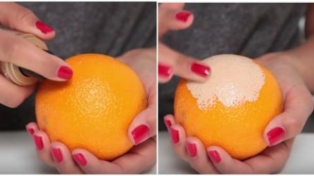 Spalma il fondotinta sull'arancia: il trucco perfetto