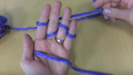 Arm Knitting: ecco come lavorare a maglia senza ferri e uncinetto