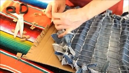 Come realizzare un tappeto con vecchi jeans