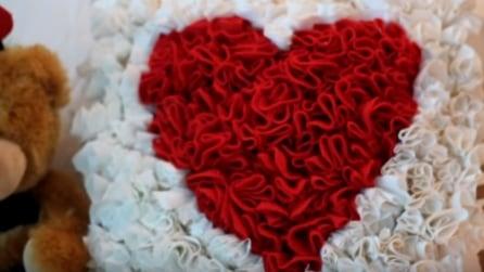Come realizzare un cuscino a forma di cuore: idea regalo per innamorati