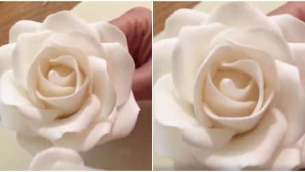 Come realizzare delle rose di zucchero