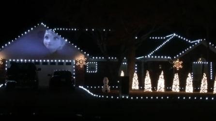 Frozen nel giardino di casa: ecco cosa accade appena si accendono le luci