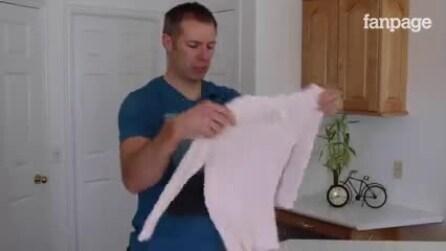 Como dobrar camisetas: um truque muito útil