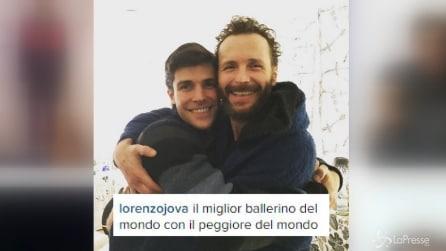 L'abbraccio tra Jovanotti e Bolle, incontro nel backstage del concerto