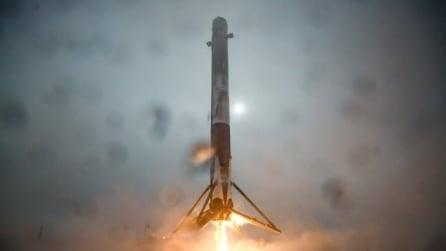 SpaceX, il rientro fallisce e il razzo esplode sulla piattaforma