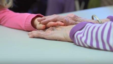 Aprono un asilo nella casa di riposo: quello che accade è tenerissimo