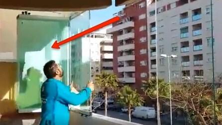 L'invenzione geniale: ecco come trasforma il balcone