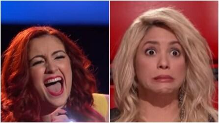 """La concorrente canta """"Loca"""", guardate però la faccia di Shakira"""