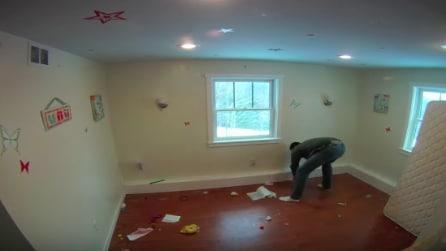 Il papà trasforma la stanza dei figli in modo fantastico