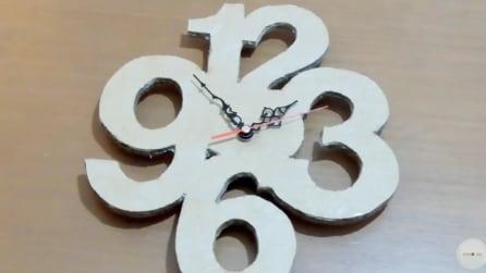 Come realizzare un orologio con il cartone