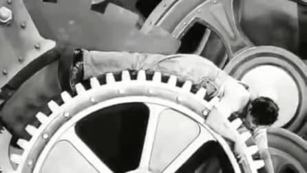 Tempi moderni: il trailer originale