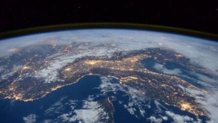 L'Italia vista dallo spazio: le spettacolari immagini in timelapse
