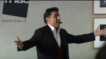 Umberto Bellissimo durante un'esibizione a Napoli