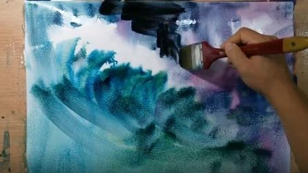 Inizia a dipingere la tela: quello che realizza alla fine è un vero capolavoro
