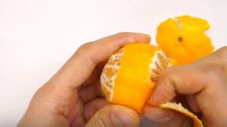 Ecco il modo migliore per sbucciare un mandarino