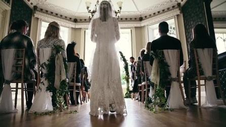 La sposa arriva in chiesa ma quello che accade poco dopo vi lascerà senza parole