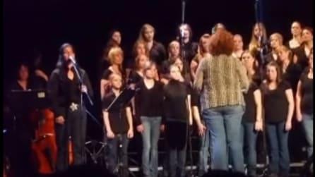 """Il coro canta """"Hallelujah"""": la loro esibizione vi toccherà il cuore"""