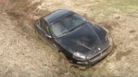 Riprende la scena subito dopo l'incedente: ecco che fine fa la Maserati