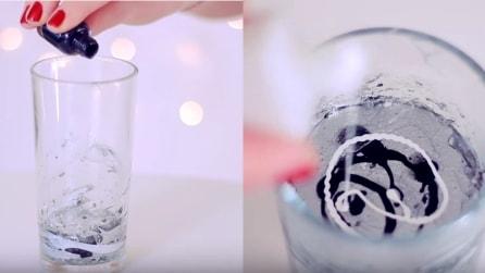Versa smalto e acqua nel bicchiere: il trucco per una magnifica decorazione