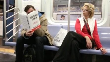 Realizza una finta copertina di un libro e guardate come reagiscono le persone