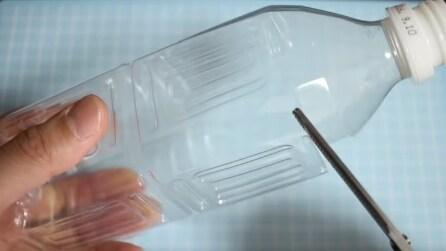Ecco come riciclare una vecchia bottiglia in modo utile
