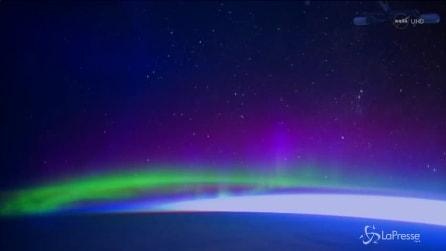 Lo spettacolo dell'aurora boreale visto dallo spazio