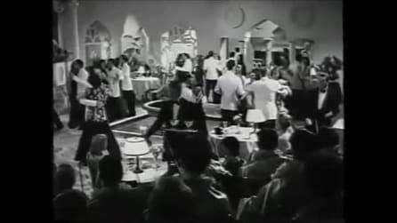 """Stasera niente di nuovo: Alida Valli canta """"Ma l'amore no"""""""
