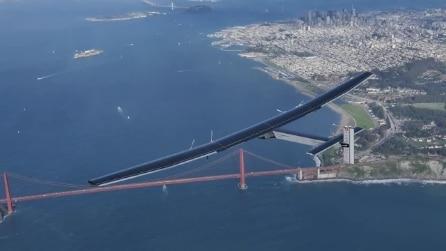 L'aereo a energia solare ce l'ha fatta: giro del mondo completato in 3 giorni